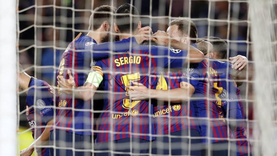 صور مباراة : برشلونة - إنتر ميلان 2-0 ( 24-10-2018 )  101552607