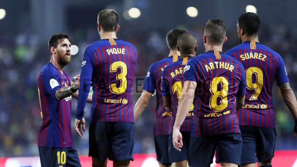 صور مباراة : برشلونة - إشبيلية 2-1 ( 13-08-2018 )  95762912