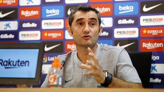 Follow live as the Barça manager appears ahead of Wednesday's La Liga match against Leganés, followed by live coverage of the first 15 mins of training