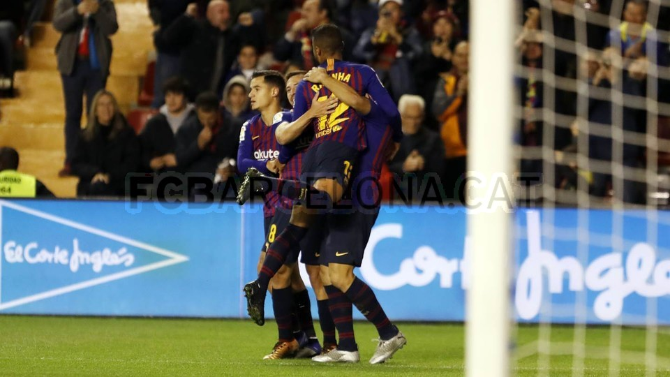 صور مباراة : رايو فاليكانو - برشلونة 2-3 ( 03-11-2018 )  102033124