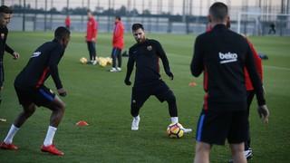Ernesto Valverde ha convocado un total de 18 jugadores para viajar hacia Madrid, donde el sábado (16.15 h) los azulgranas disputarán el duelo correspondiente a la 12ª jornada de Liga