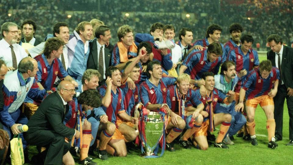 The history of fc barcelona fc barcelona on 29 november 1899 joan gamper founded fc barcelona along with eleven other enthusiasts of foot ball a game that was still largely unknown in the fandeluxe Images