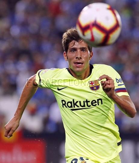 صور مباراة : ليغانيس - برشلونة 2-1 ( 26-09-2018 ) 99848471