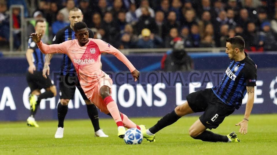 صور مباراة : إنتر ميلان - برشلونة 1-1 ( 06-11-2018 )  102161175