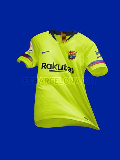 الأصفر لون قميص برشلونة الثاني لموسم 2018-2019 91891175