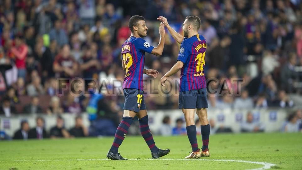 صور مباراة : برشلونة - إنتر ميلان 2-0 ( 24-10-2018 )  101528551