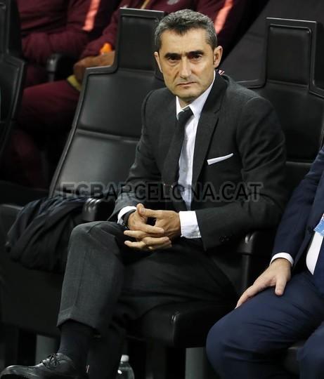 صور مباراة : إنتر ميلان - برشلونة 1-1 ( 06-11-2018 )  102198506