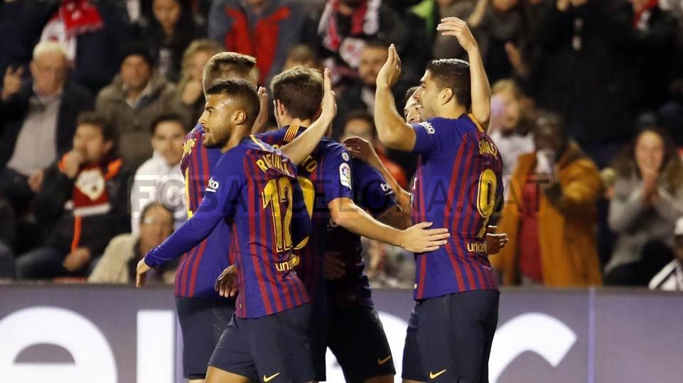صور مباراة : رايو فاليكانو - برشلونة 2-3 ( 03-11-2018 )  102033130