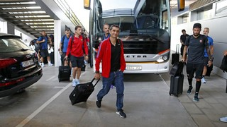El FC Barcelona ya ha aterrizado en el aeropuerto de El Prat
