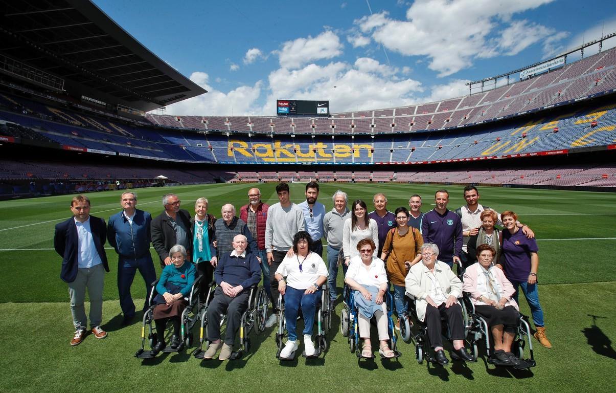 Els participants van gaudir d'un moment molt especial després de trepitjar l'Estadi i rememorar els grans èxits del Club.
