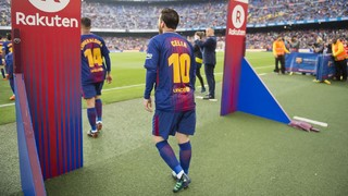 FC Barcelona and Rakuten put on Mother's Day tribute at Camp Nou