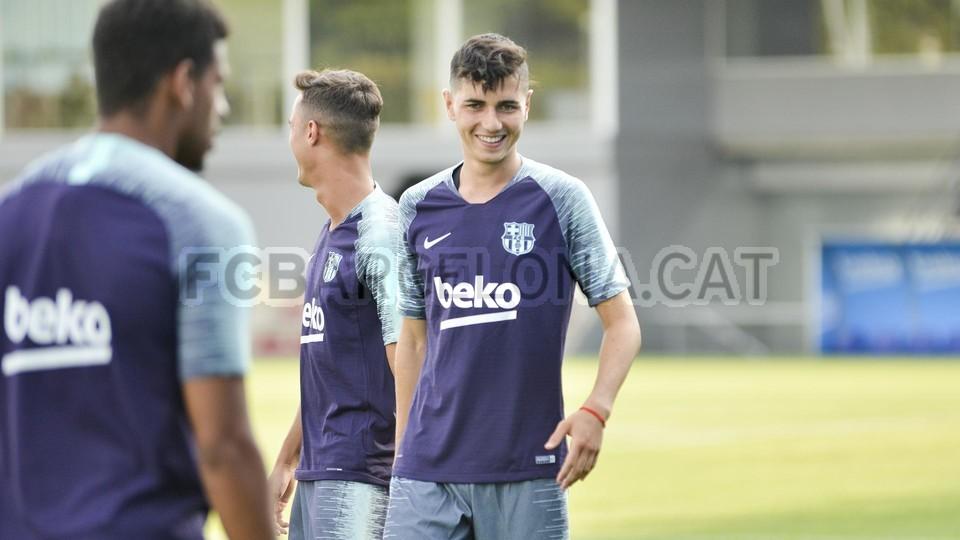 تدريب مشترك مع برشلونة ب ، ميسي ، بيكي ، جوردي ألبا ، سيرجيو ، سامبر  95313905