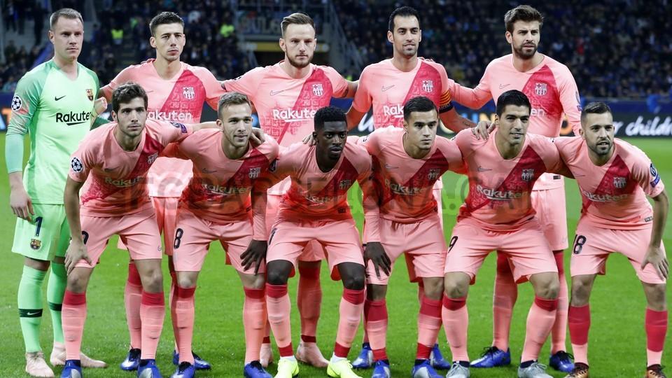 صور مباراة : إنتر ميلان - برشلونة 1-1 ( 06-11-2018 )  102198518