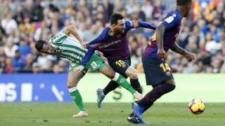 Gol düellosu şeklinde geçen maçta Barça'nın son dakikaya kadar olan çabası beraberlik için yetmezken Katalanlar ligde hala liderliğini koruyor
