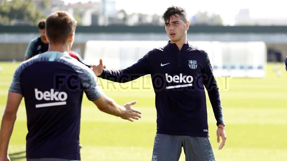 التدريبات متواصلة في برشلونة بانتظار التحاق آخر اللاعبين العائدين من المشاركة في المباريات الدولية مع منتخباتهم الوطنية 101157111
