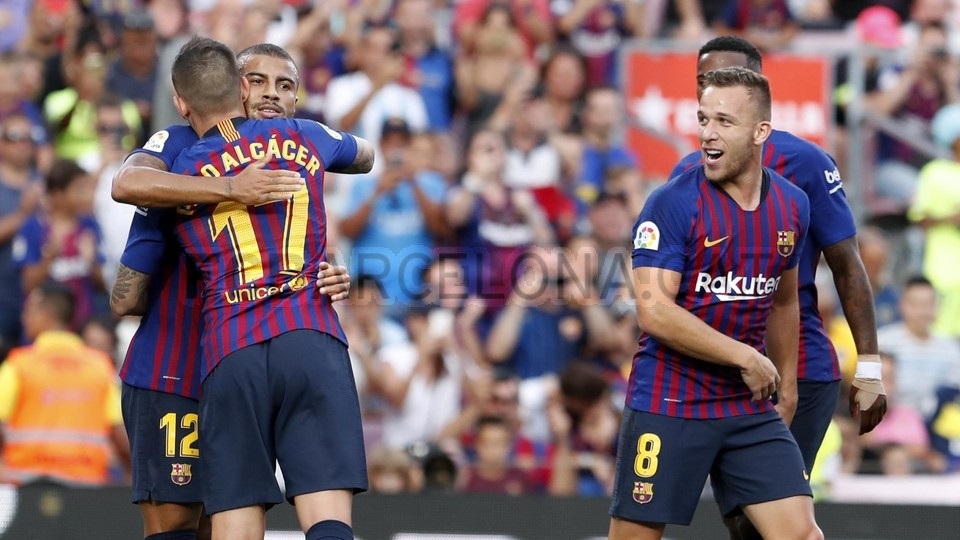 صور مباراة : برشلونة - بوكا جونيورز ( 16-08-2018 )  95974937