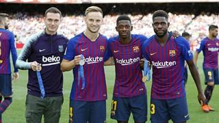 Els mundialistes Umtiti, Dembélé, Rakitic i Vermaelen, reconeguts al Camp Nou