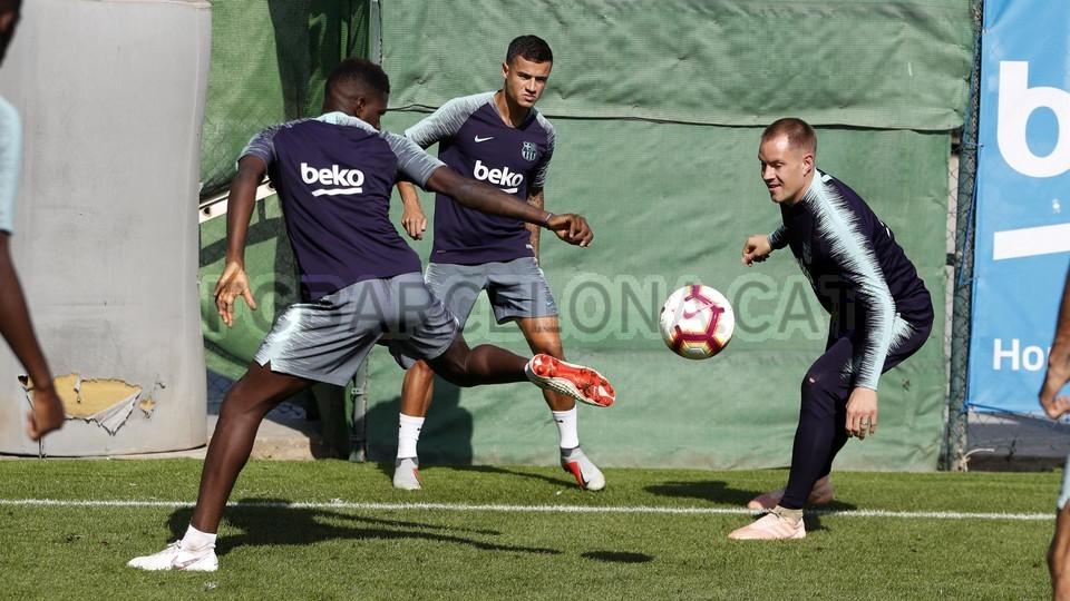 تدريبات مكثفة في برشلونة بعين على مباراة السبت Vs أتلتيك بيلباو 99864601