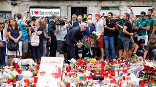 Diversos representants del Club han assistit als actes celebrats a Barcelona aquest diumenge en record de les víctimes de l'atac terrorista