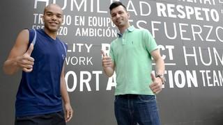 'Esquerdinha' i Léo Santana reforcen el Barça Lassa