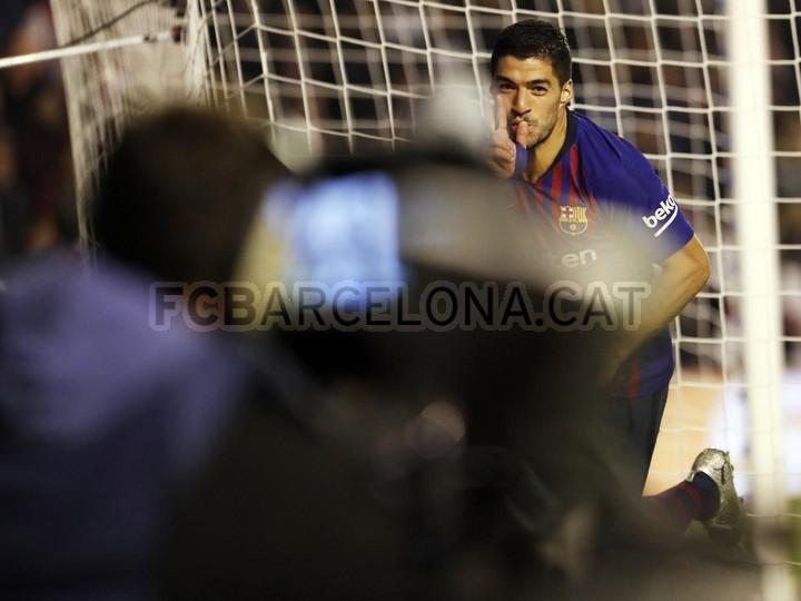 صور مباراة : رايو فاليكانو - برشلونة 2-3 ( 03-11-2018 )  102064125