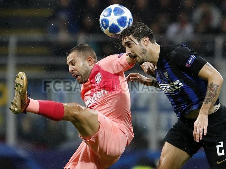 صور مباراة : إنتر ميلان - برشلونة 1-1 ( 06-11-2018 )  102198554