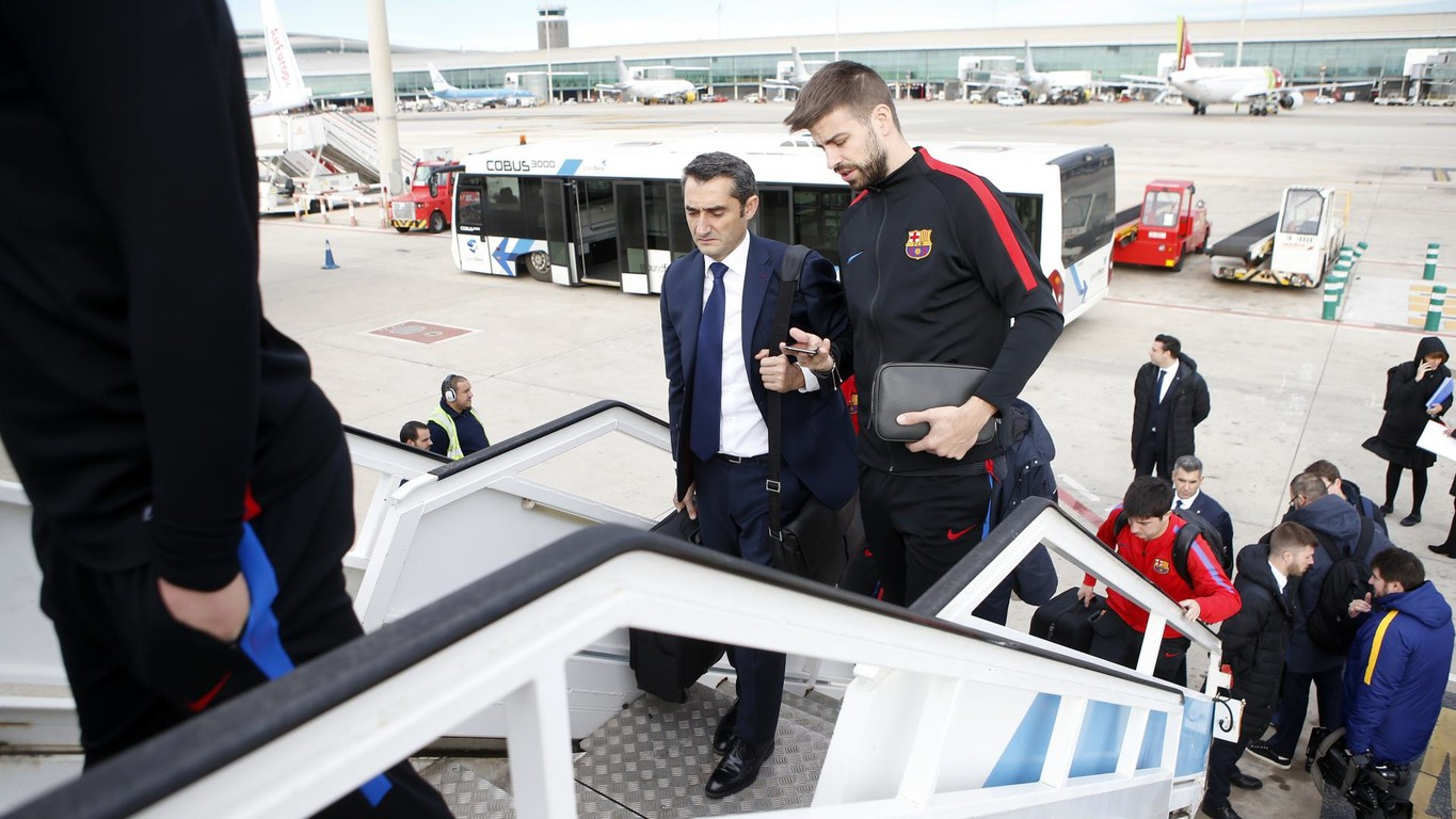 The Blaugrana expedition are flying to the Andalusian capital to face Real Betis this evening at Benito Villamarín (8.45pm CET)