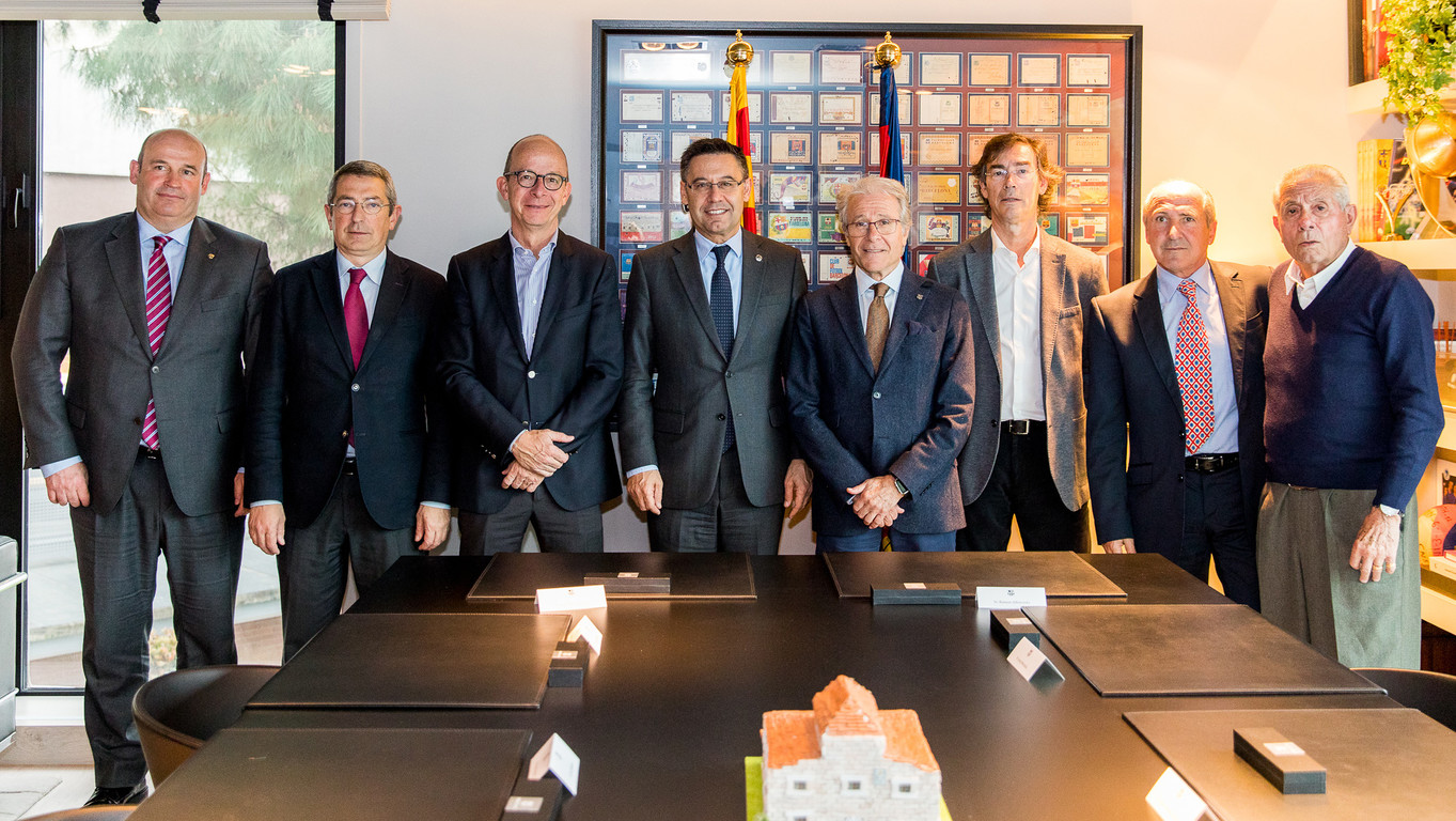 Ramon Alfonseda and Josep Maria Bartomeu signed the agreement in the presence of Club and BPA directors