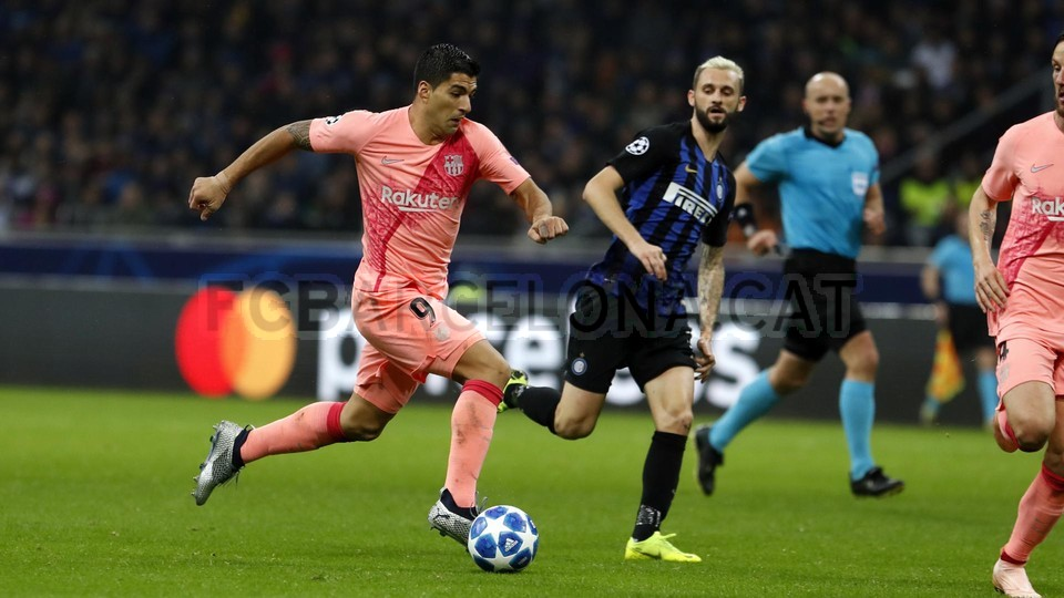 صور مباراة : إنتر ميلان - برشلونة 1-1 ( 06-11-2018 )  102164483