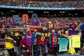 Descubre cómo se gestó el tifo y el tributo del Camp Nou al crack argentino, autor de 502 goles con la camiseta del FC Barcelona