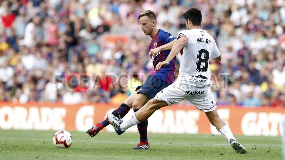صور مباراة : برشلونة - هويسكا 8-2 ( 02-09-2018 )  97419557