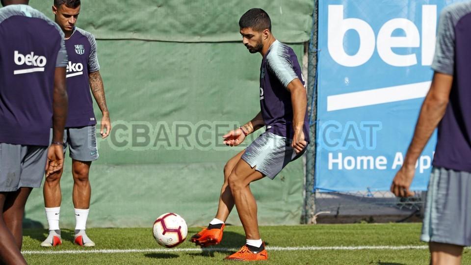 تدريبات مكثفة في برشلونة بعين على مباراة السبت Vs أتلتيك بيلباو 99864613