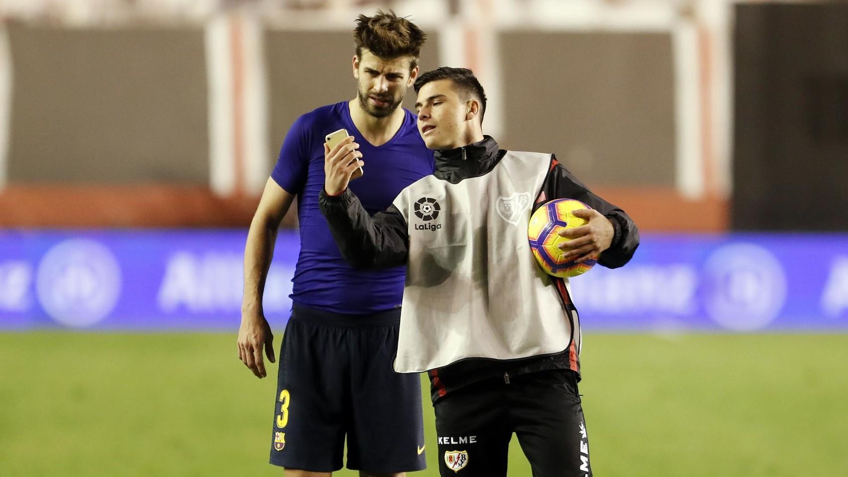 صور مباراة : رايو فاليكانو - برشلونة 2-3 ( 03-11-2018 )  102064165