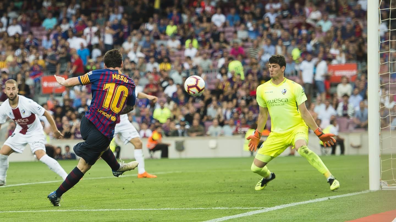 صور مباراة : برشلونة - هويسكا 8-2 ( 02-09-2018 )  97440550