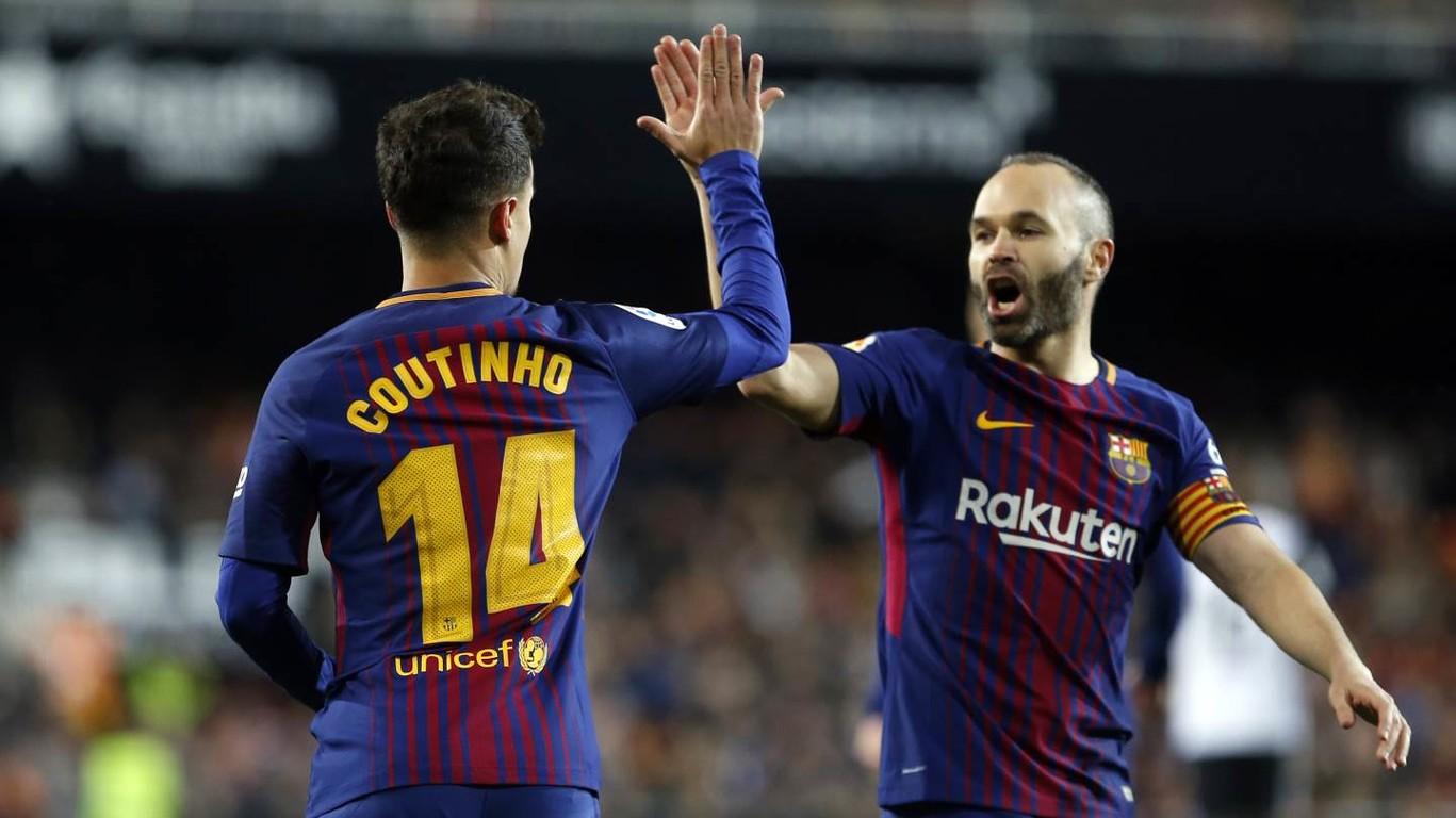 Em uma entrevista para a ESPN, Coutinho fala dos seus primeiros meses no clube, Iniesta, Messi e mais. Confira!