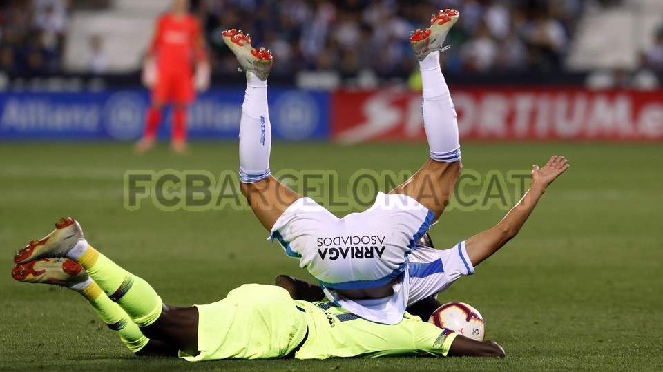 صور مباراة : ليغانيس - برشلونة 2-1 ( 26-09-2018 ) 99848489