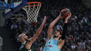 Barça Lassa tripped up in Europe's toughest arena, 84-75