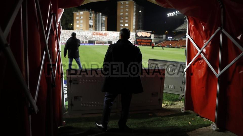 صور مباراة : رايو فاليكانو - برشلونة 2-3 ( 03-11-2018 )  102063915
