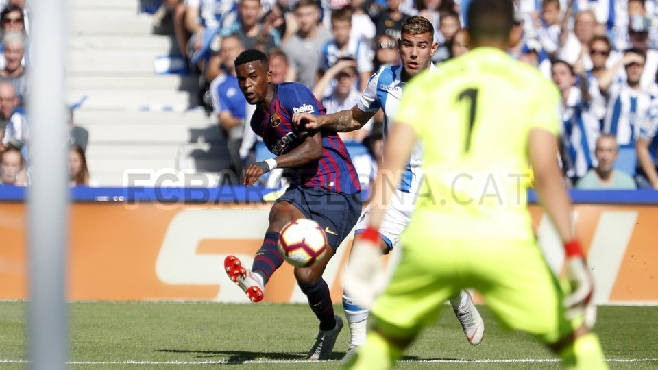 صور مباراة : ريال سوسيداد - برشلونة 1-2 ( 15-09-2018 ) 98507308