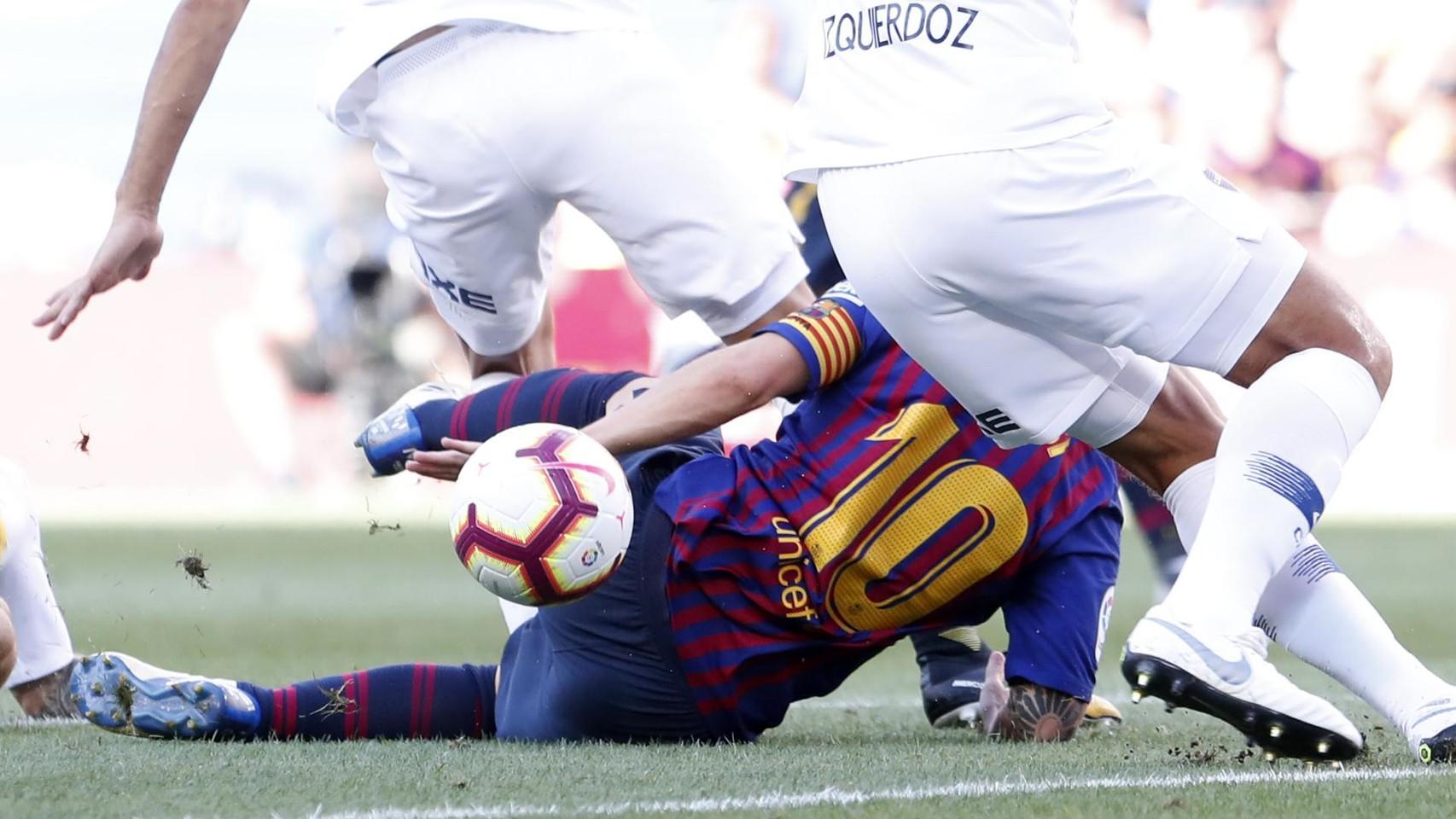 صور مباراة : برشلونة - بوكا جونيورز ( 16-08-2018 )  96024108