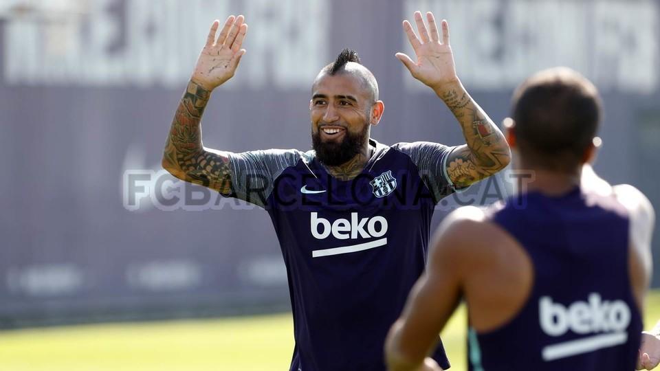 تدريبات مكثفة في برشلونة استعداداً لمباراة الأحد ضد جيرونا 21-09-2018 99246892