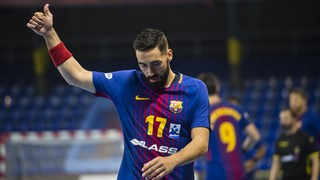 Barça Lassa easily beats Guadalajara at the Palau, 33-17