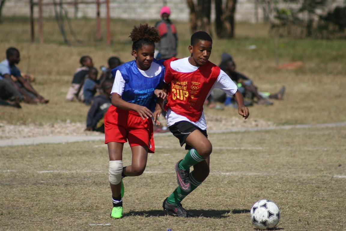 La Fundació FCB enceta la fase final dels tornejos de 'FutbolNet' a l'Àfrica, que enguany estan comptant amb una alta participació de les noies, un dels grans reptes del projecte