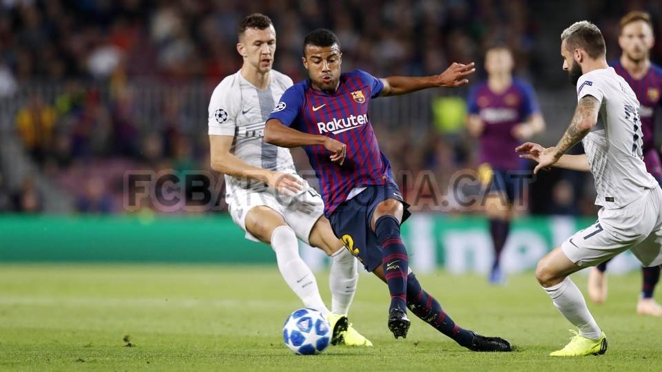 صور مباراة : برشلونة - إنتر ميلان 2-0 ( 24-10-2018 )  101520942
