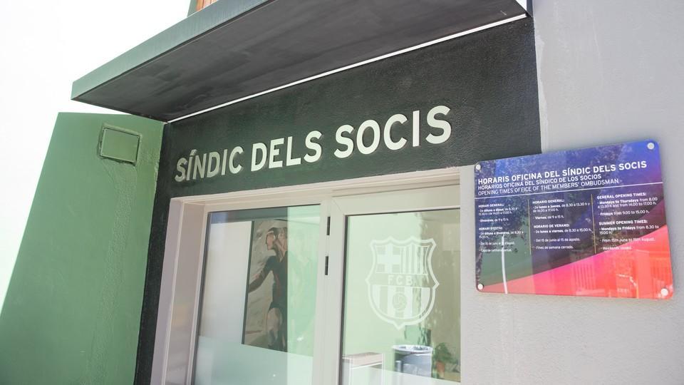 Oficina del s ndico fc barcelona for Oficinas fc barcelona
