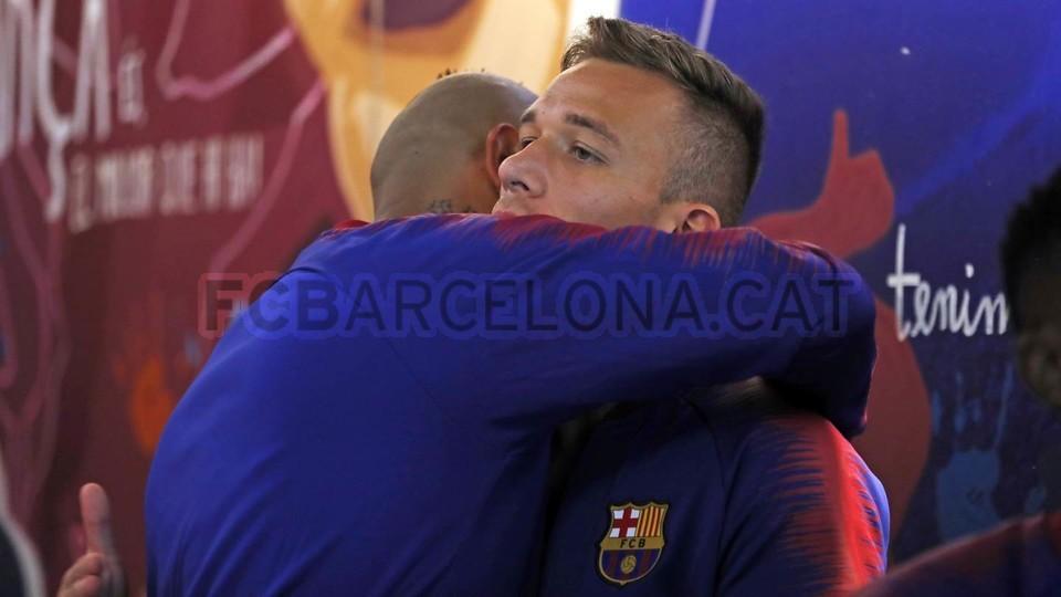 صور مباراة : برشلونة - جيرونا 2-2 ( 23-09-2018 )  99596592