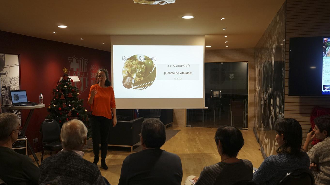 Pilar Benítez, autora del blog ¡Siéntete radiante!, ha exposat el 12 de desembre el seu mètode als membres de l'ABJ.