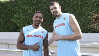 Adrien Moerman i Phil Pressey ja s'entrenen amb el Barça Lassa