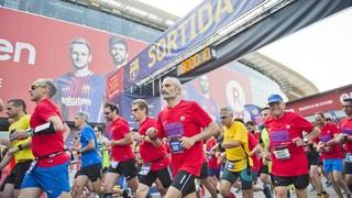 La Cursa Barça 2018 llena de barcelonismo las calles de Les Corts