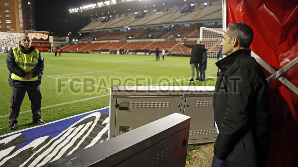 صور مباراة : رايو فاليكانو - برشلونة 2-3 ( 03-11-2018 )  102063925